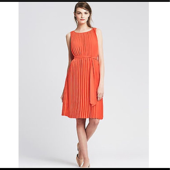 944bfce024c Banana Republic Dresses   Skirts - Orange pleated dress